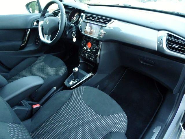 citroen c3 1 4 vti 95 cv exclusive boite auto essence l 39 agence auto moto. Black Bedroom Furniture Sets. Home Design Ideas